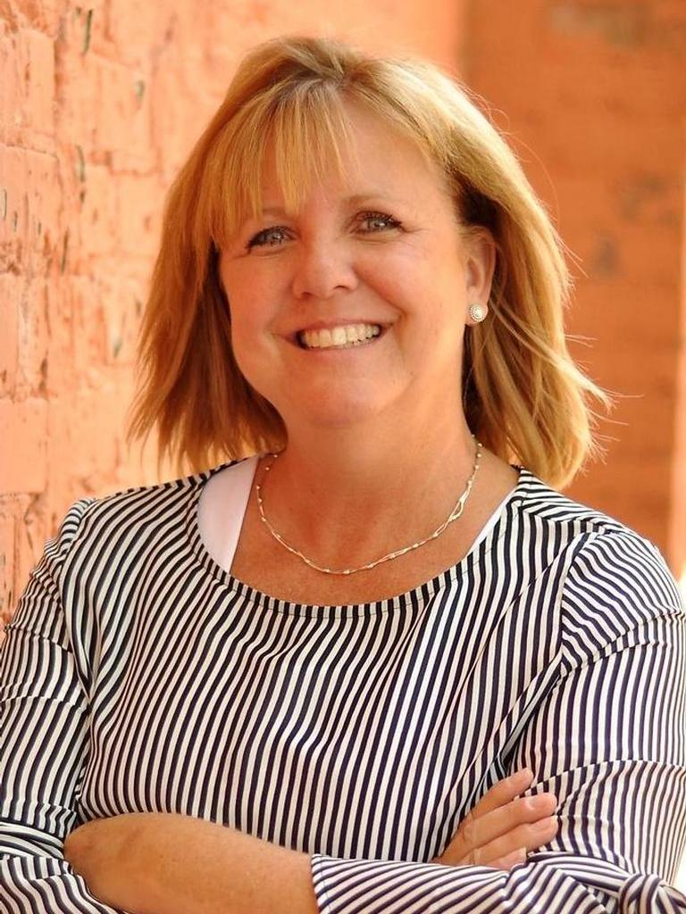 Christy Ross profile image