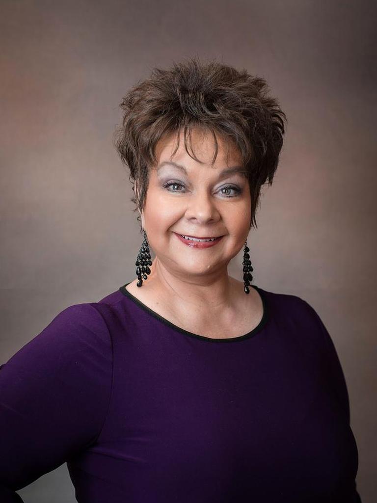Cynthia Bruce Profile Photo