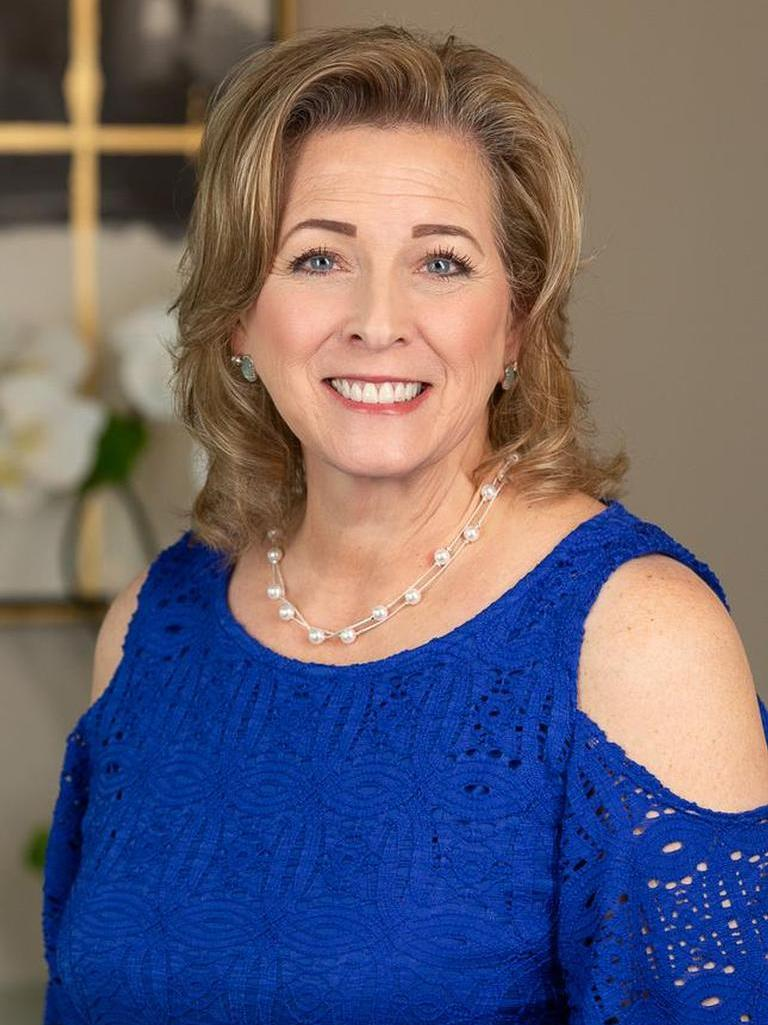 Laura White Profile Image