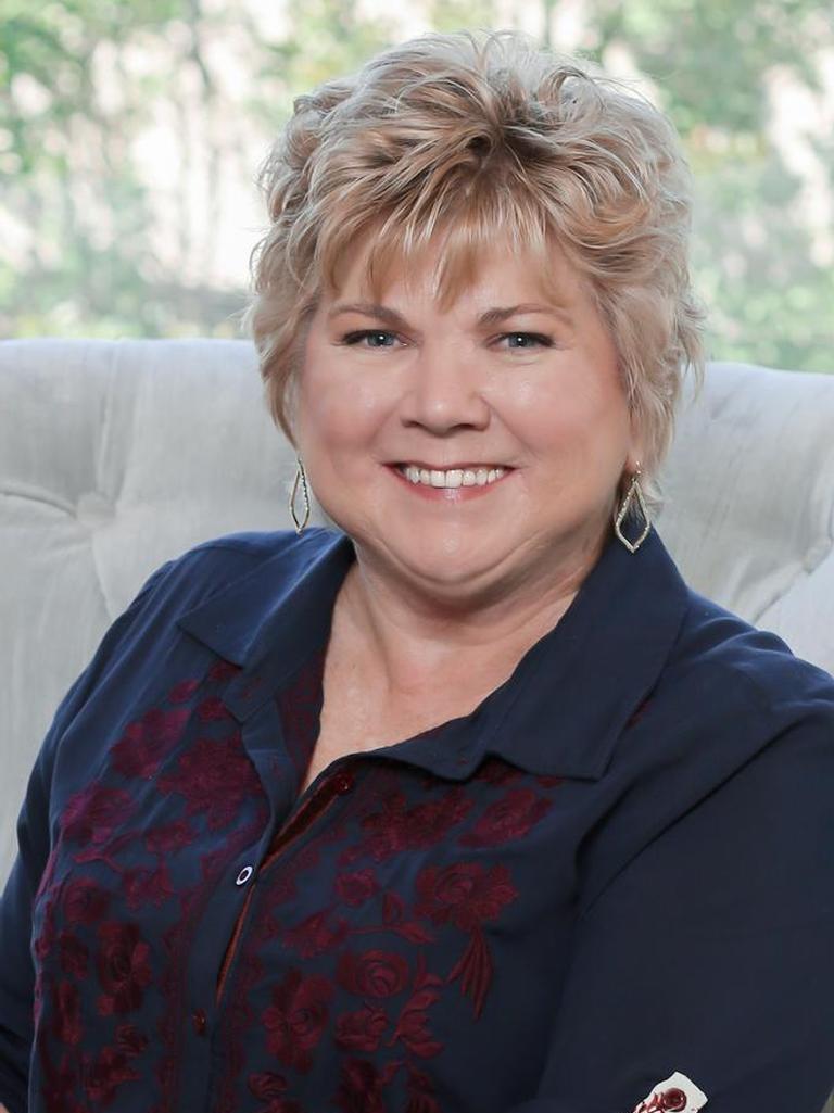 Kathy Schroeder Profile Image