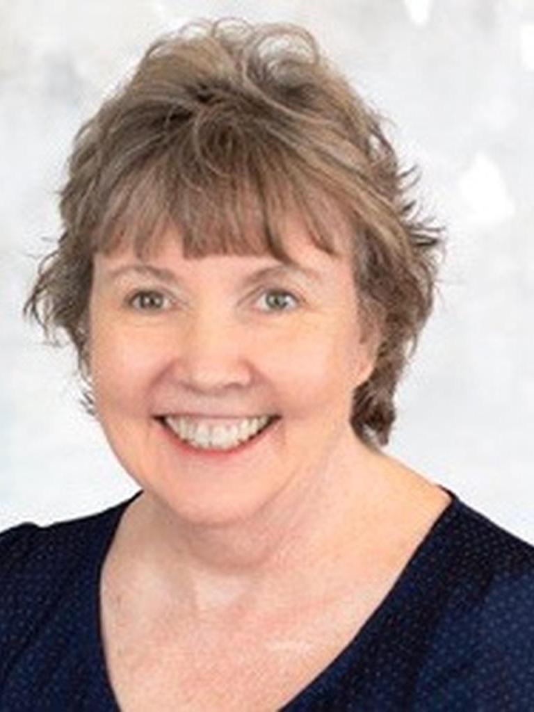 Julie Blesener Profile Image