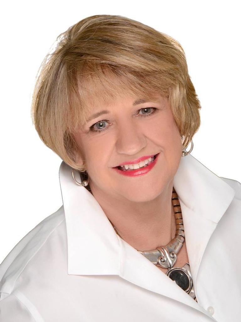 Jeanie Douthitt