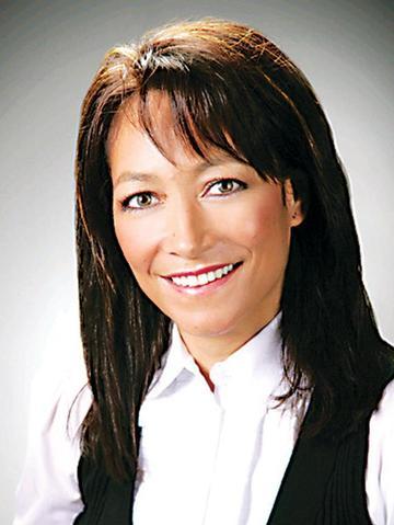 Mariana Cuevas Profile Image