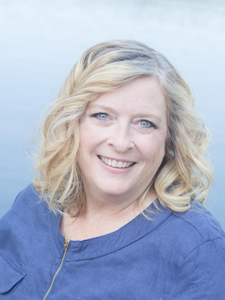 Cheryl Farley Profile Image