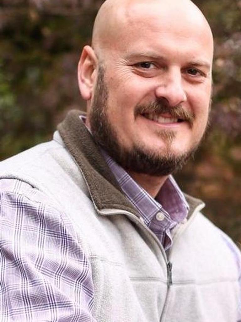 Josh Ezell Profile Image