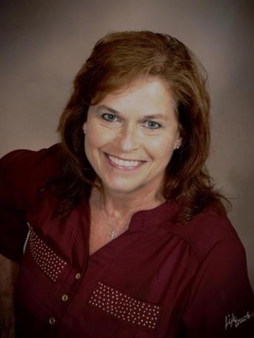 Theresa Hesebeck Profile Image