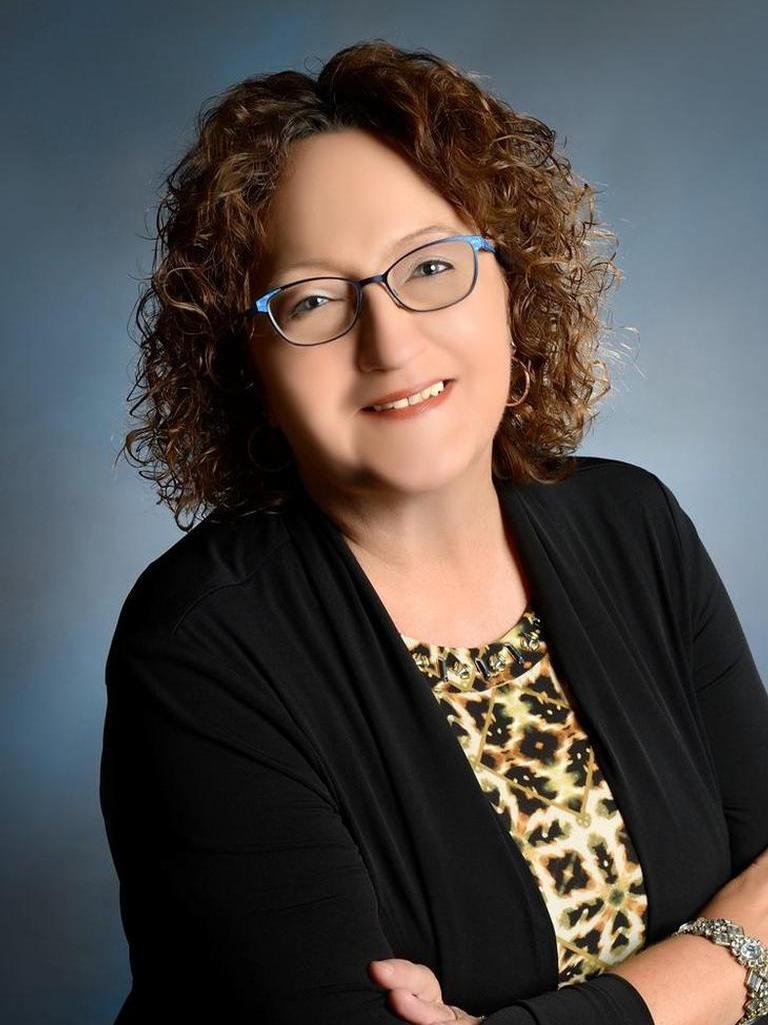 Linda Poehnelt profile image