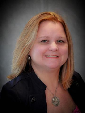 Amber Linhart Profile Image