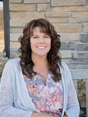 Shelley Finnessy Profile Image