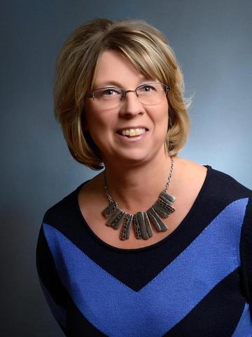 Pauline Ertl-Thom Profile Image