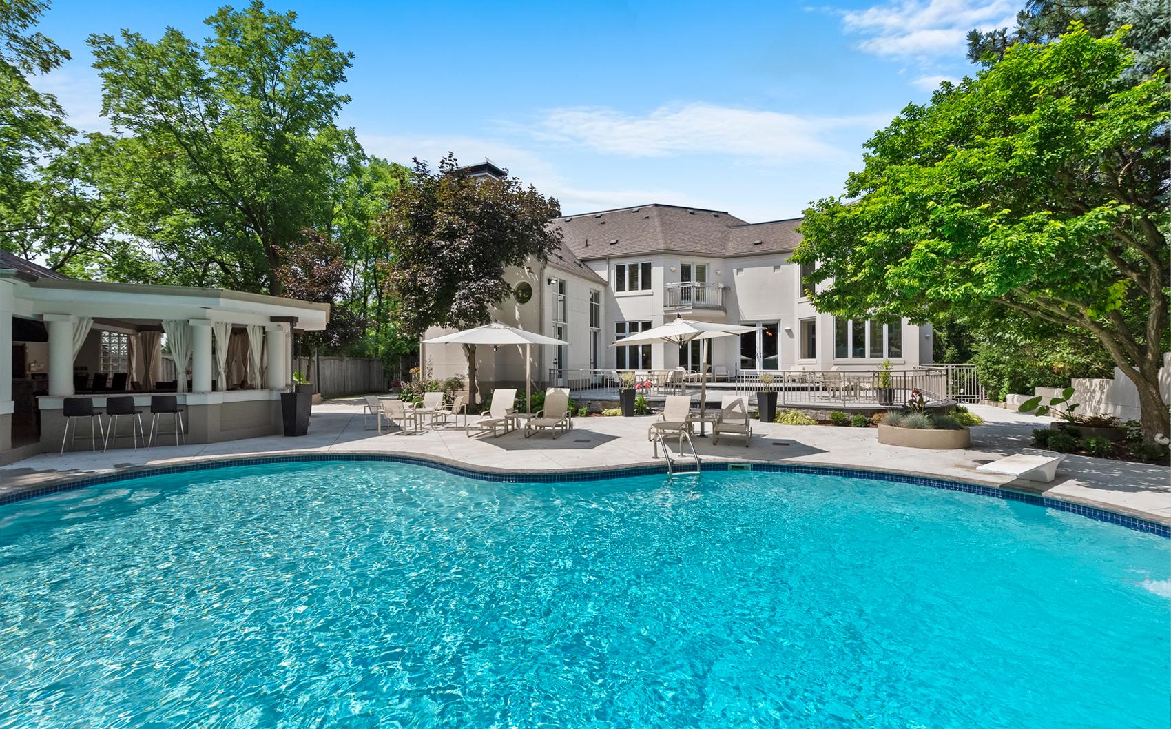 Hamilton Real Estate Lifestyle Photo 03
