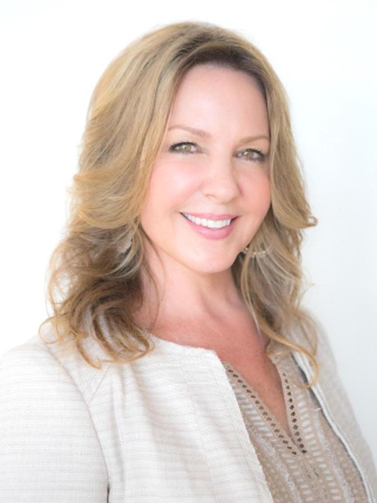 Lynette Hale