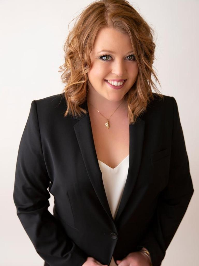 Lynette Neibaur
