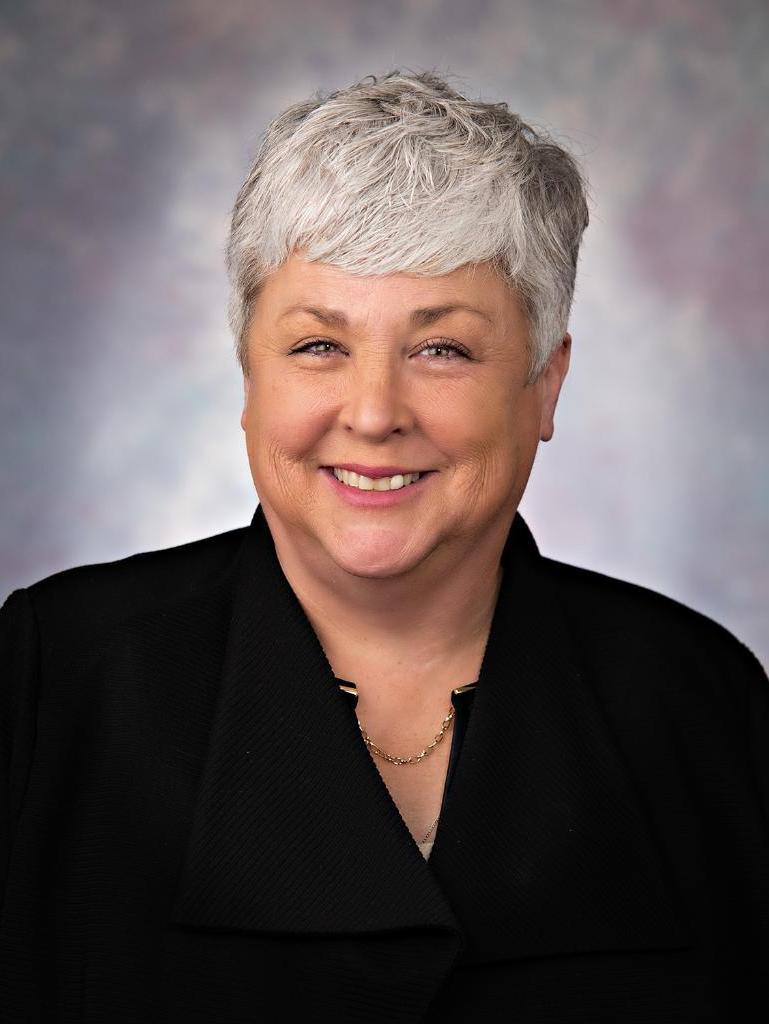Suzanne Crow Profile Photo