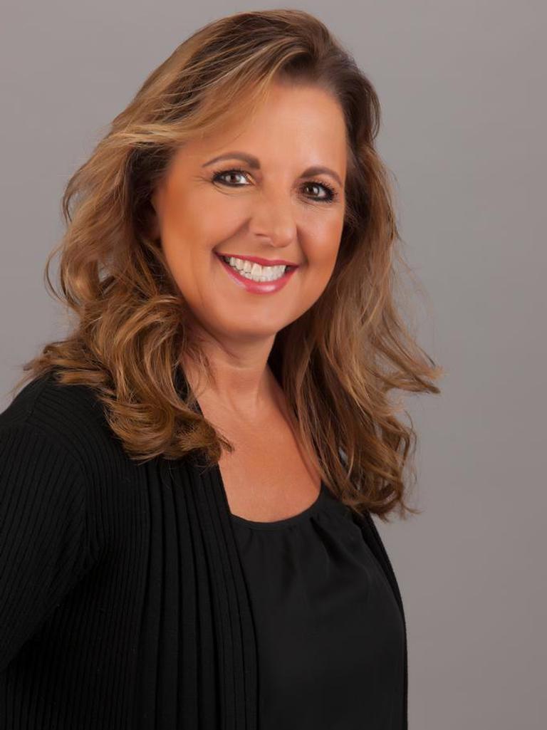 Janine Bear Profile Image