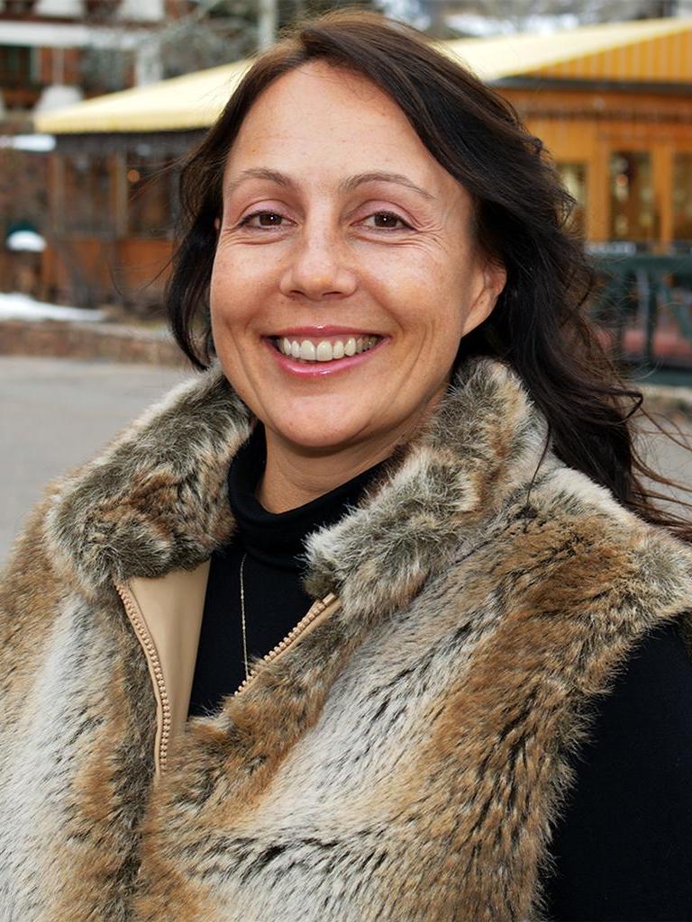 Sara Hoodicoff Profile Photo