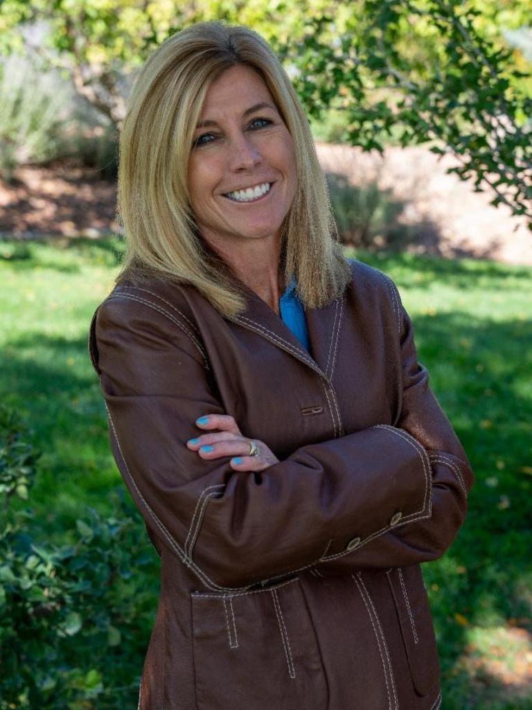 Cindy Amann Profile Image