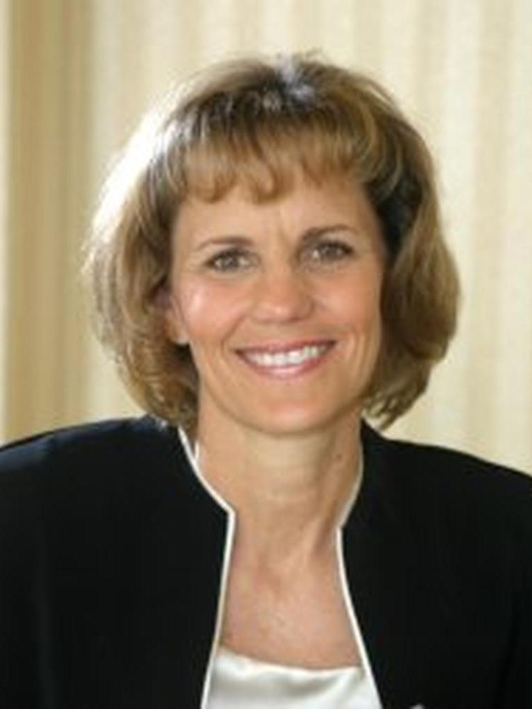 Lynn Ray Profile Photo
