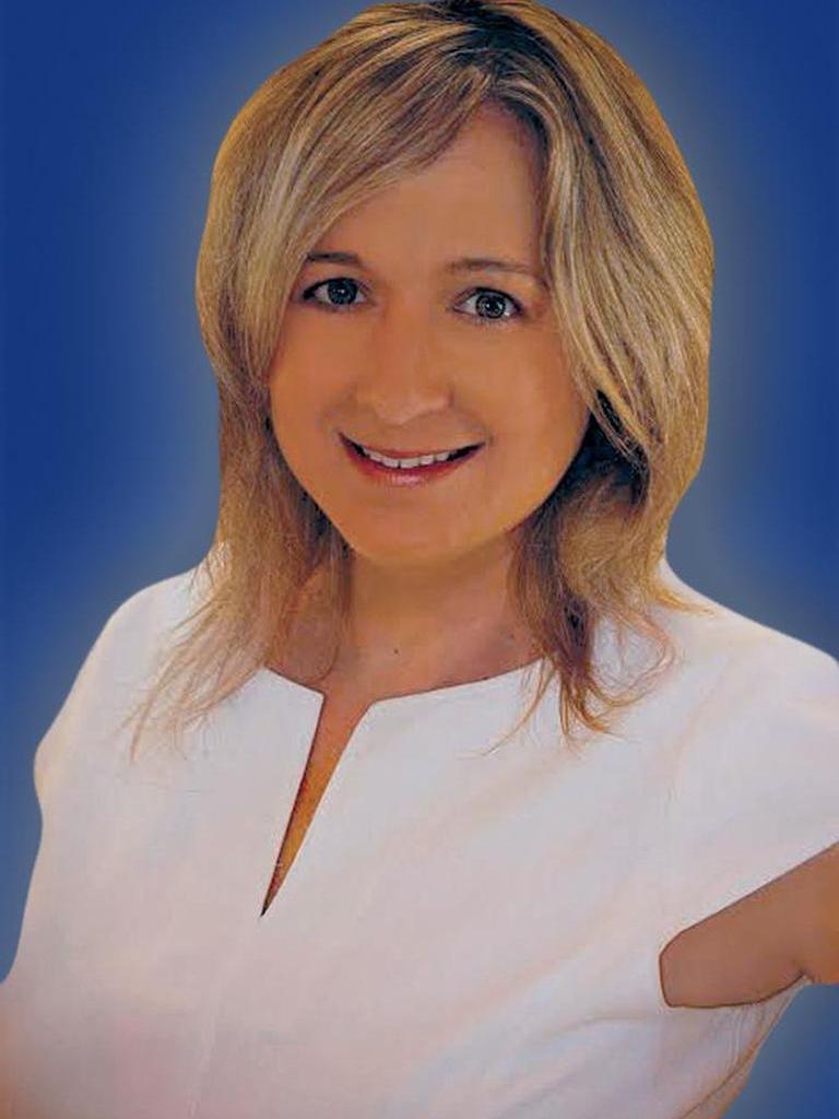 Sara Fox