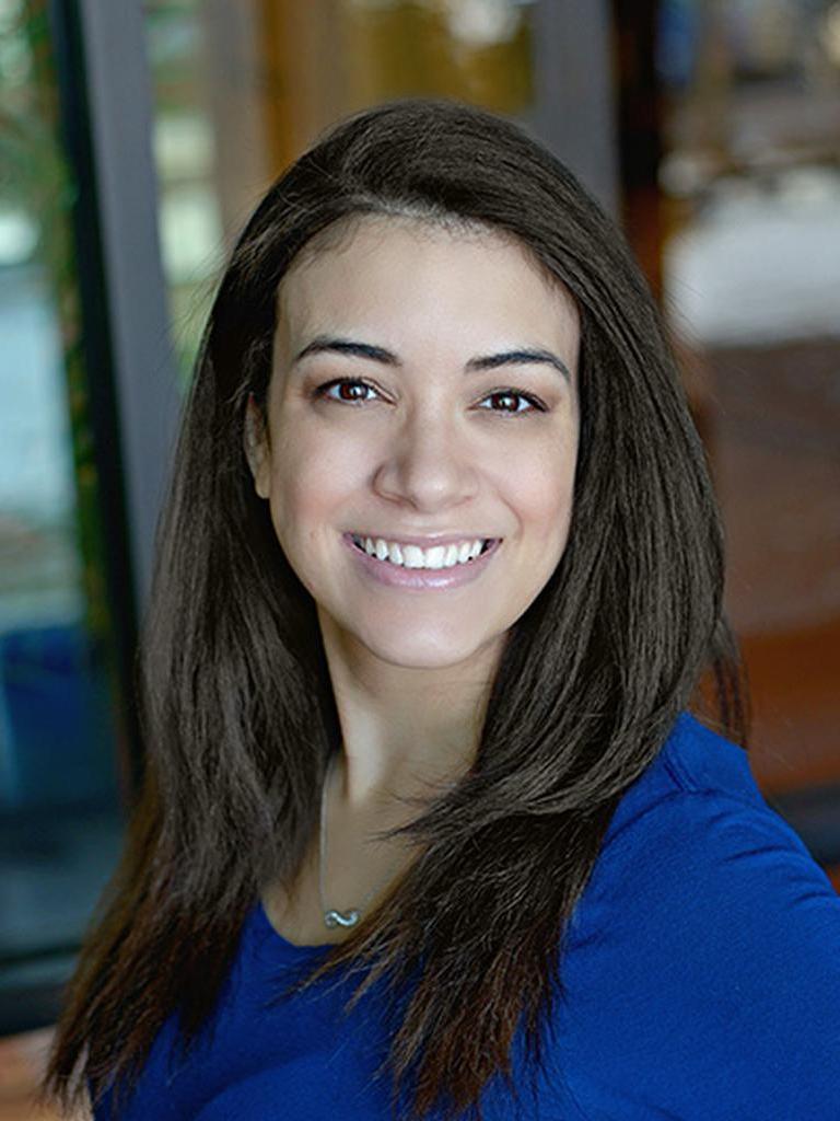 Alexandra Lyons