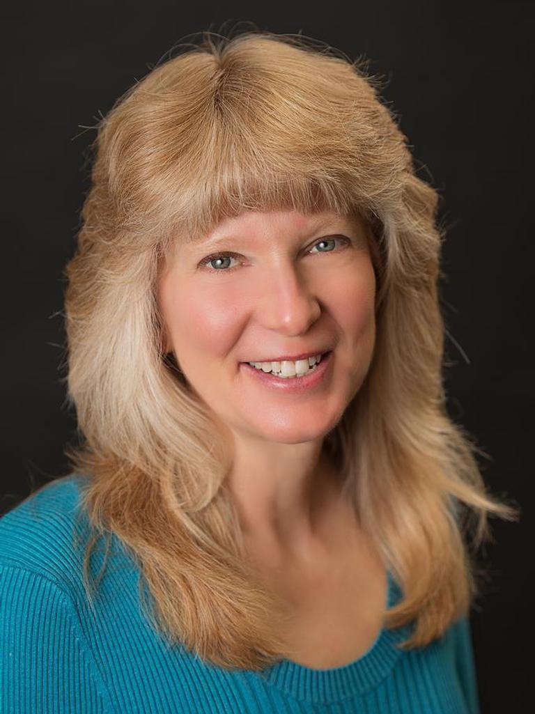Myrna Gazzerro Profile Image