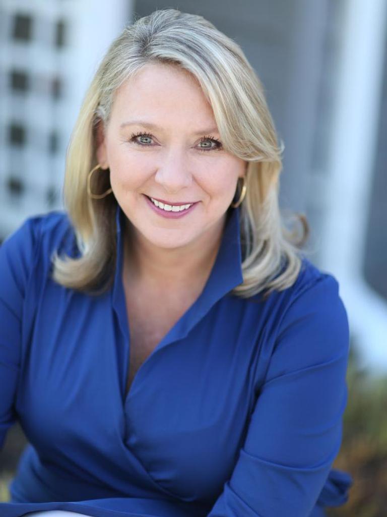 Jeanne Glennon Profile Image