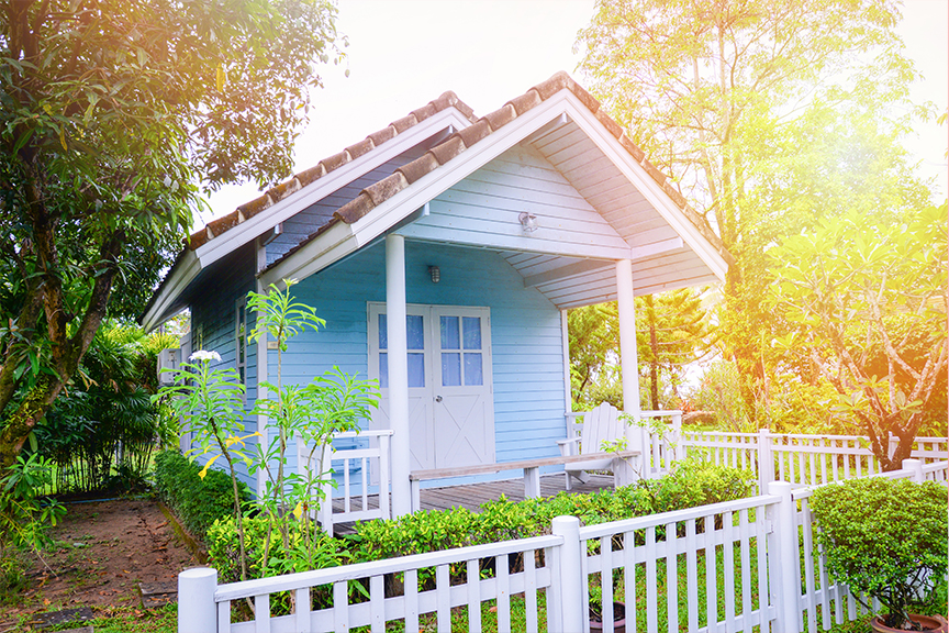 Tips for Creating the Perfect She-Shed for Mom Main Photo