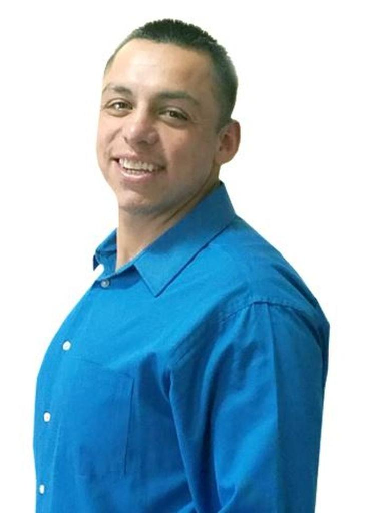 Robert Contreras