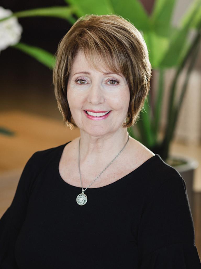Christine Arnesen Profile Photo