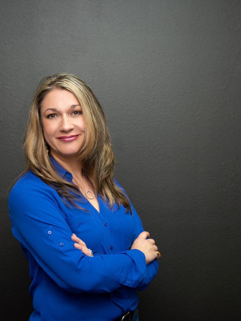 Jetara Flores Profile Photo