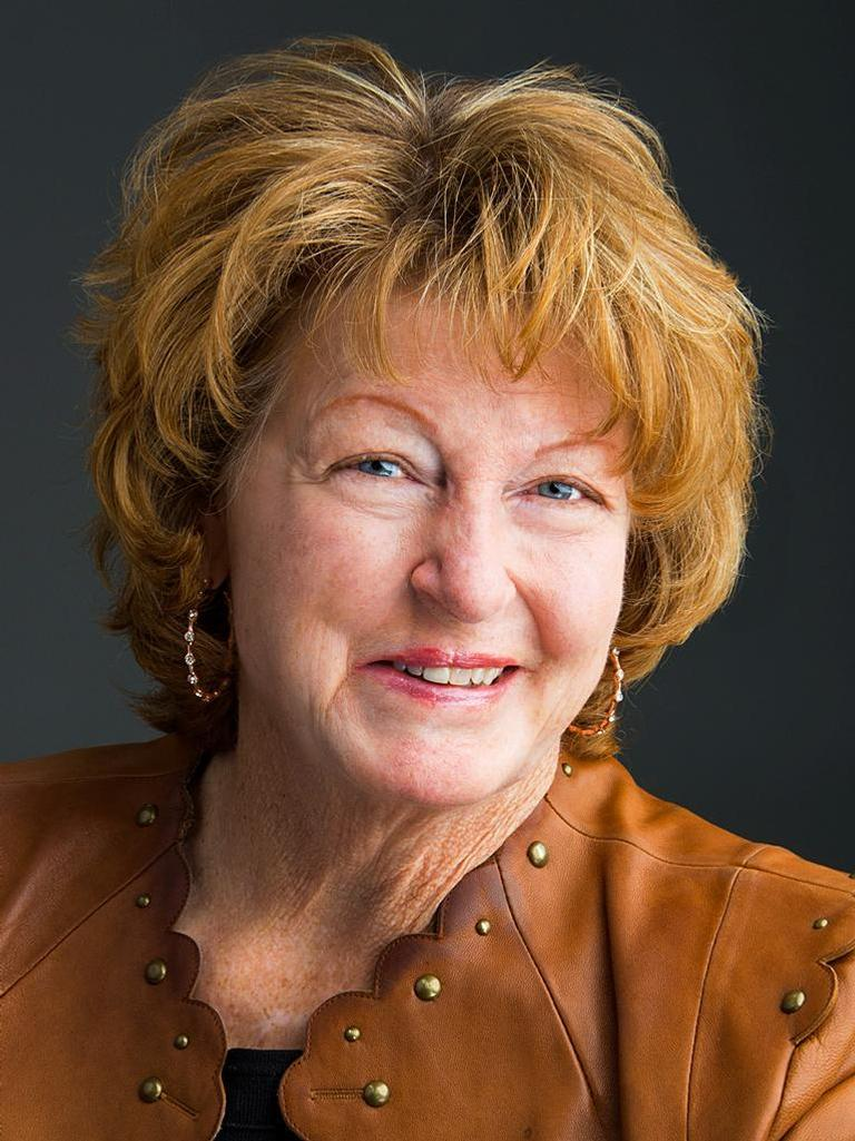 Lynn Martinez Profile Image