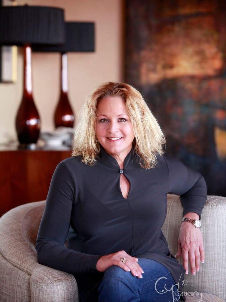 Paula Redwine