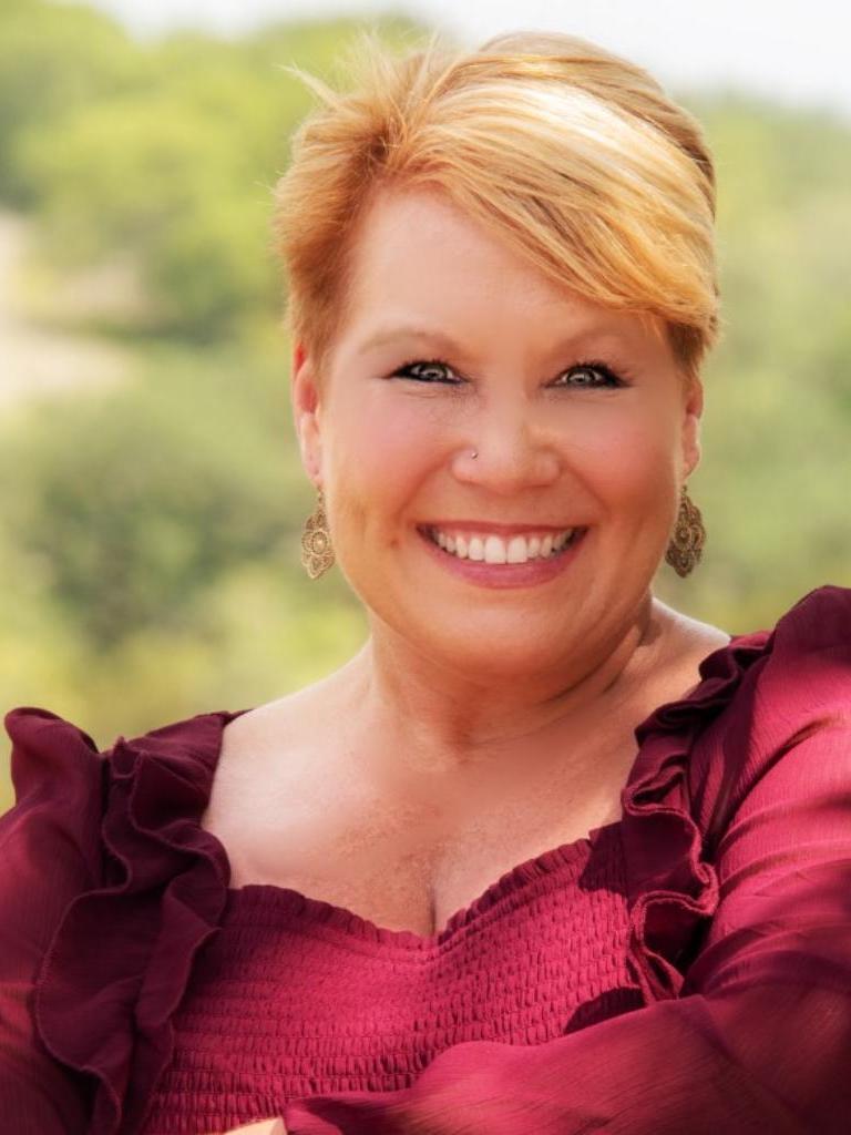 Amy Lovell Profile Photo