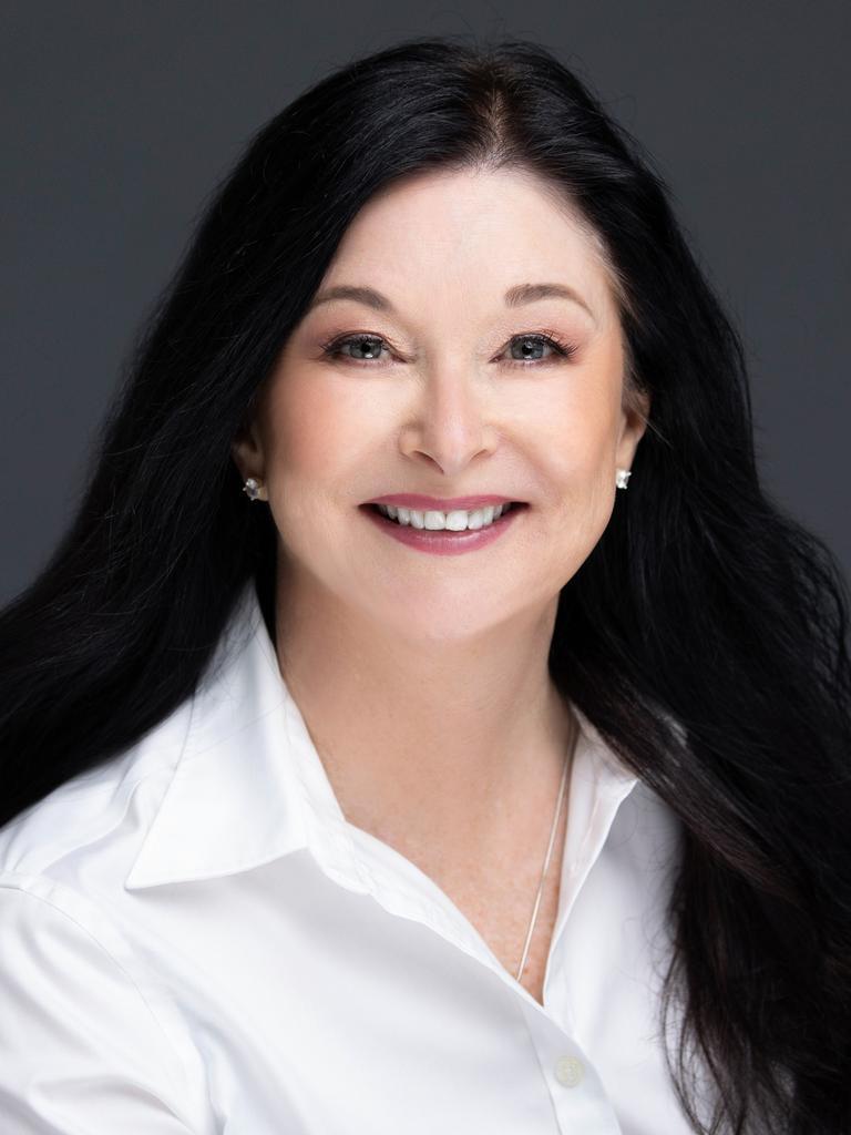 Lynne Masters