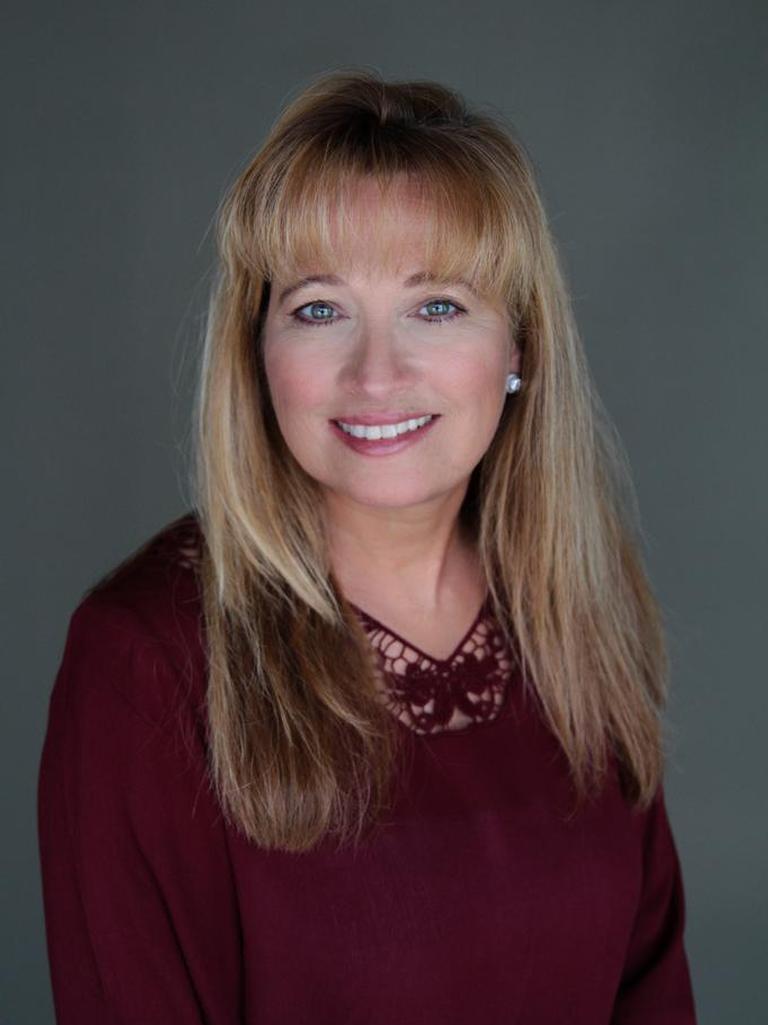 Karen Henry Thomas Profile Image