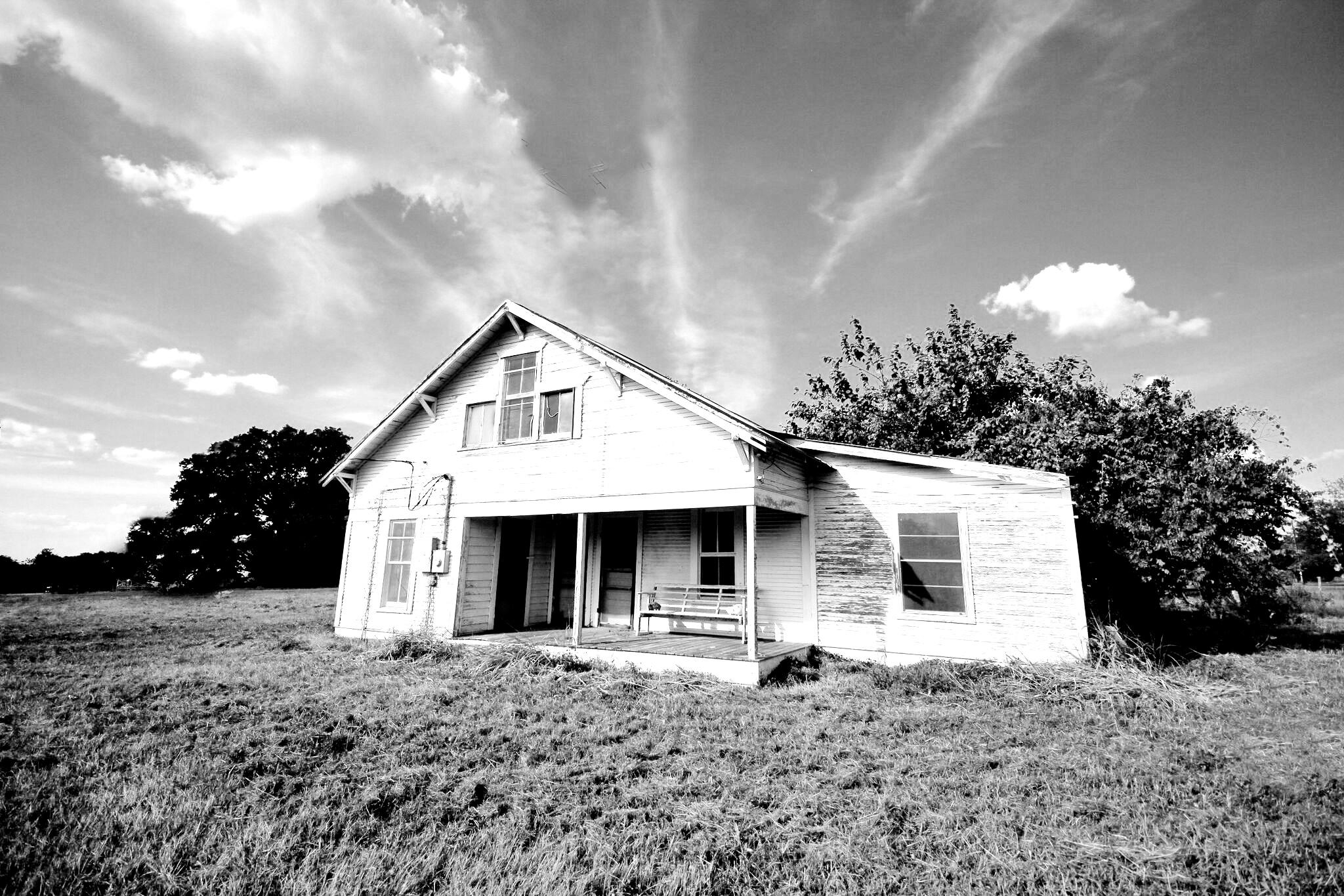 Brenham Real Estate Lifestyle Photo 02