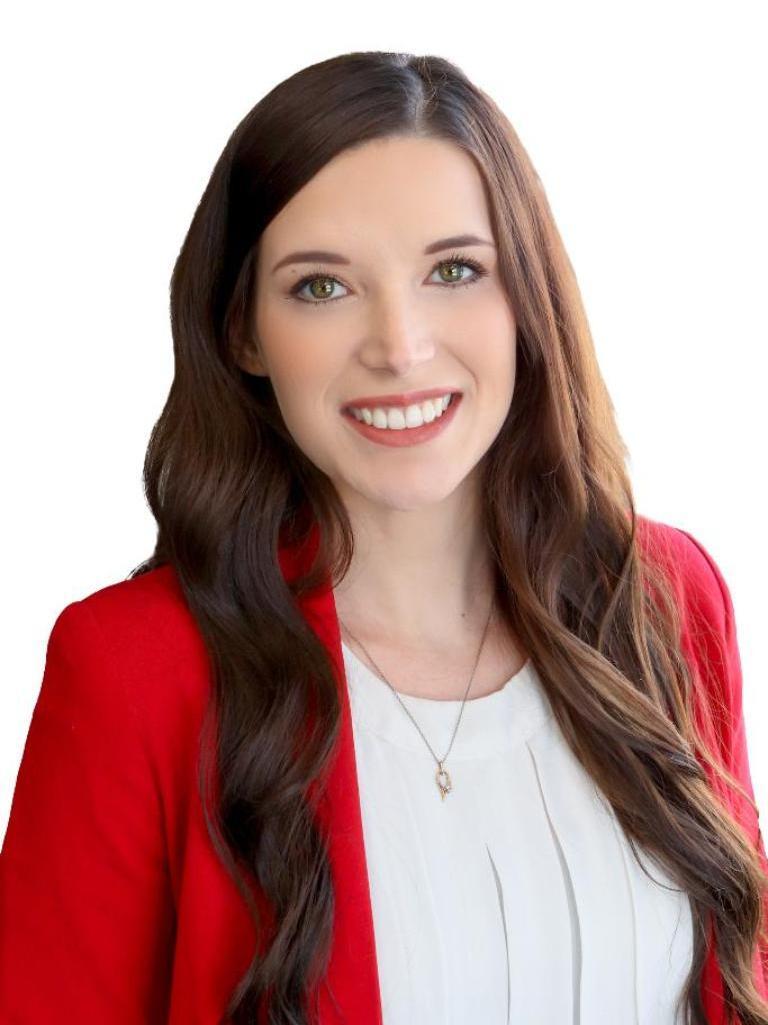 Betsy Hall Profile Photo