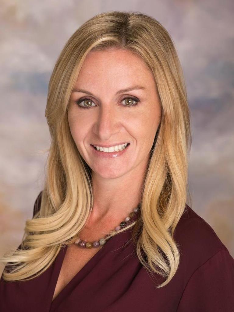 Alicia Rettstatt Profile Photo