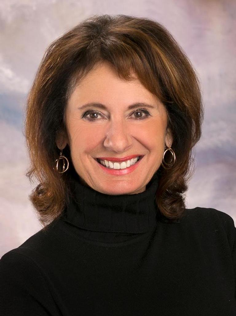 Roxanne Gunther