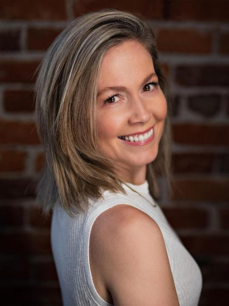 Amber Rau Profile Photo