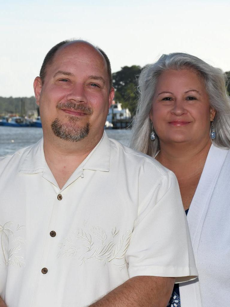 Susan and Darren Carey Profile Photo