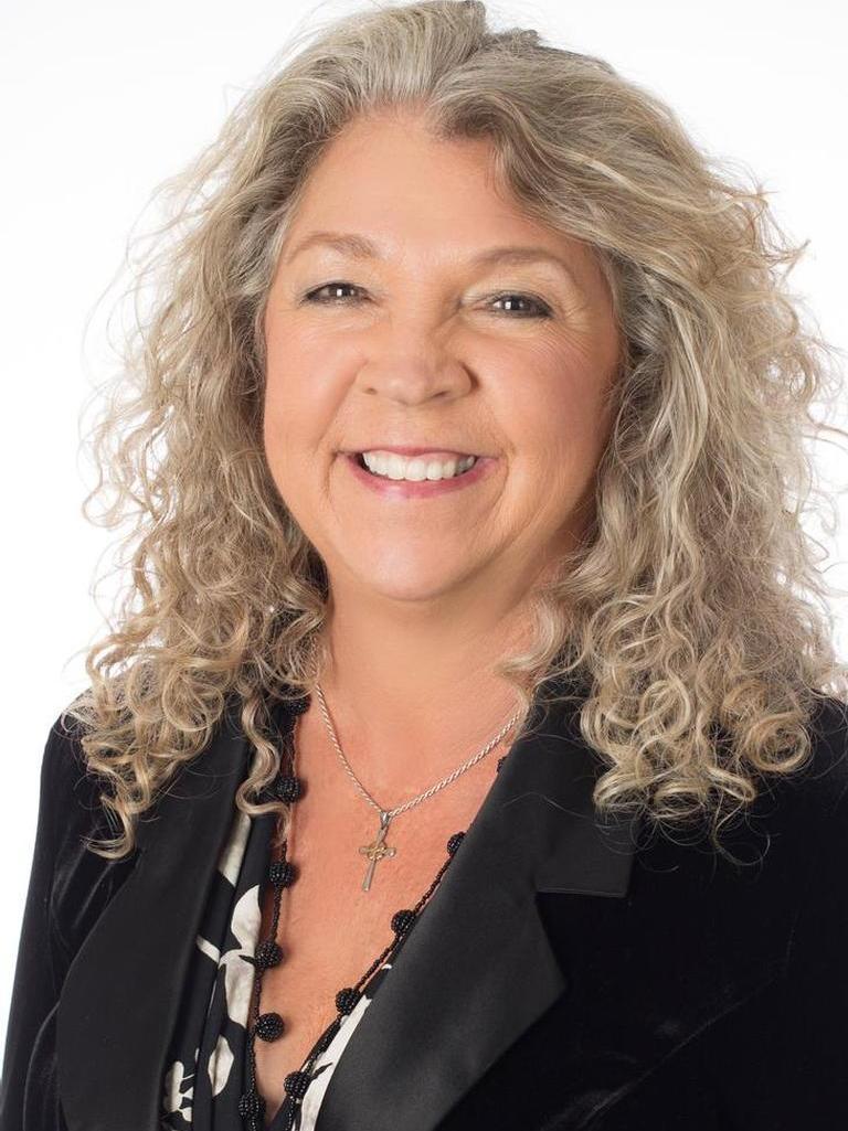 Karen Watts Profile Photo