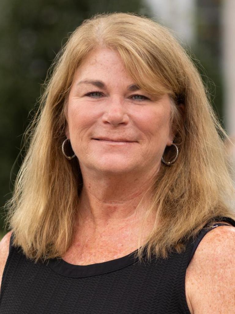 Della Carson