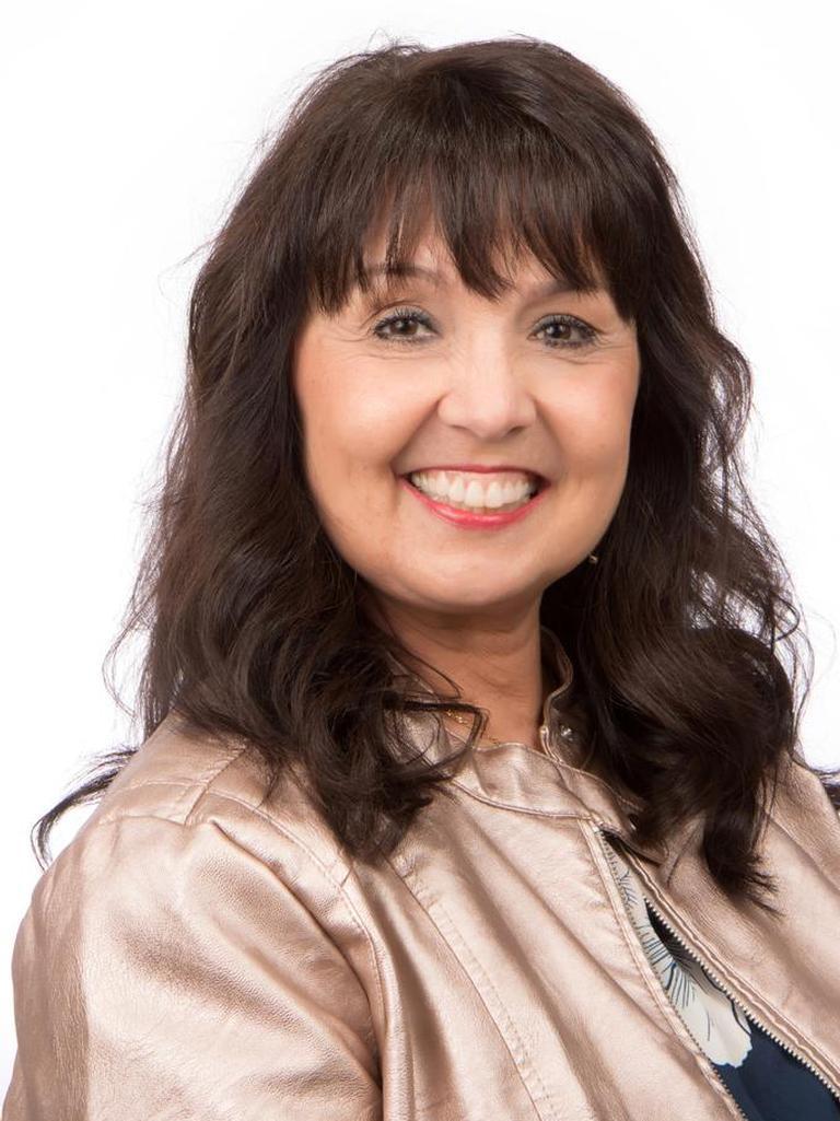 Diana Lawson-Holton