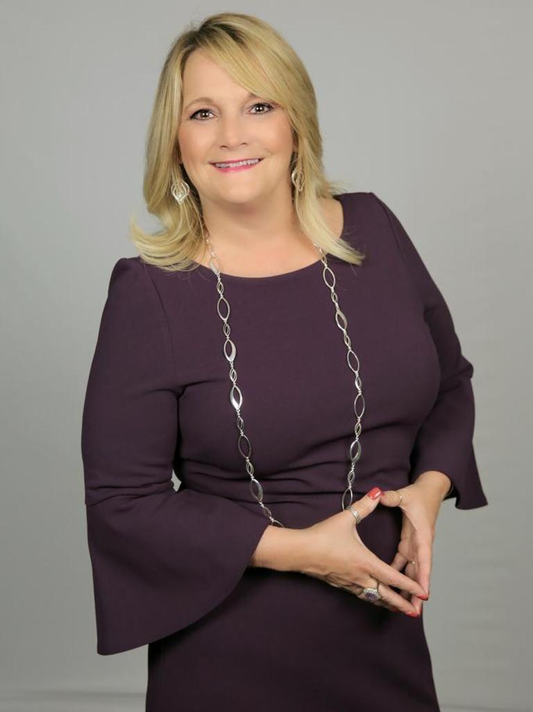 Deb Glover Profile Image