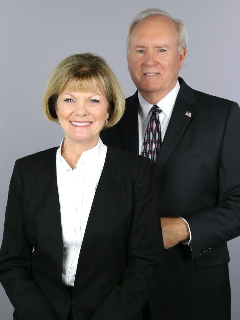 The Lollis Team --Tim & Jaye Lollis