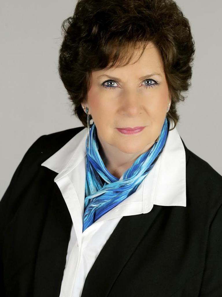 Lois Galaz Profile Image