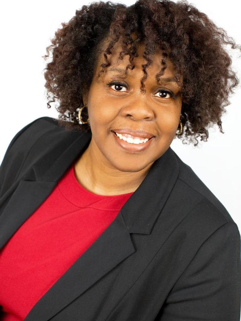 April Thomas Profile Photo