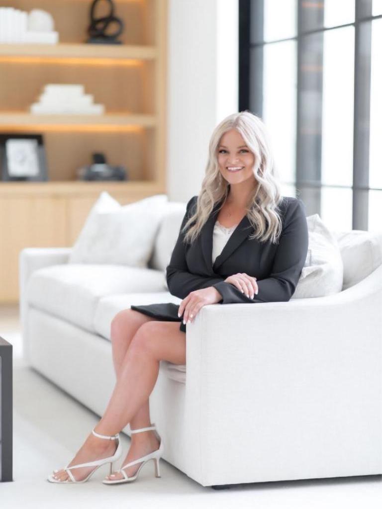 Hayley Bakovic Profile Photo