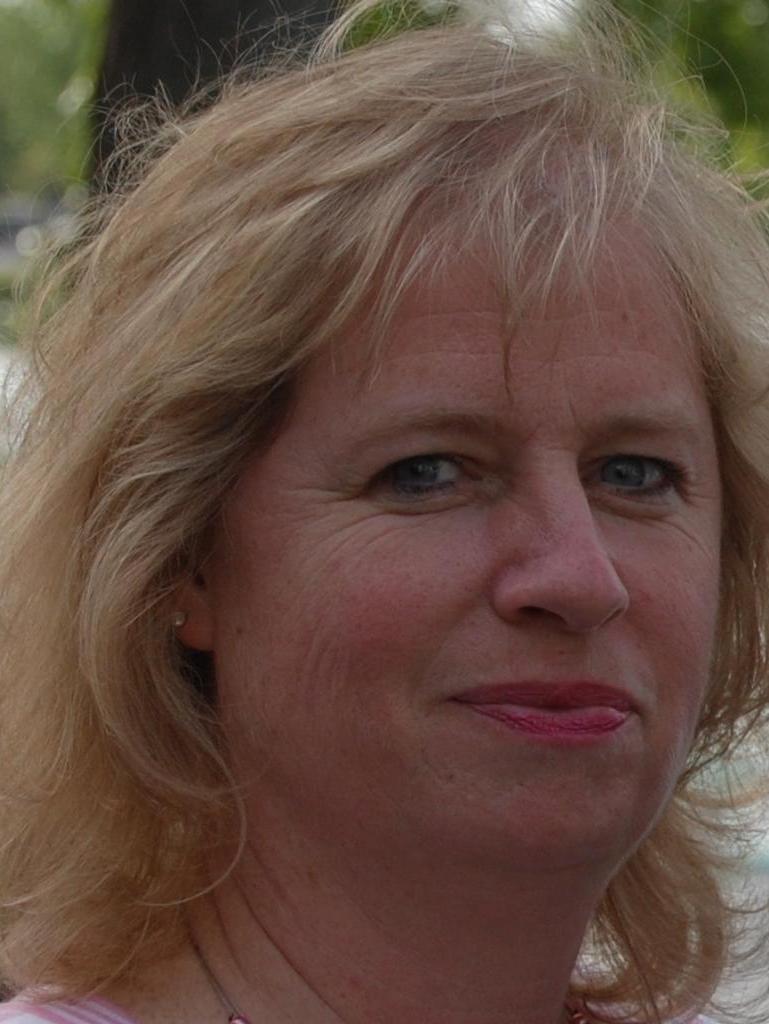 Cynthia Lundgren